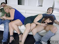 MOMSWAP 2 Gaffer MILF switch their Stepsons in 4some