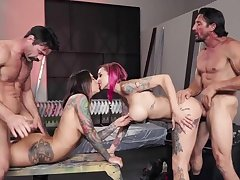 Crazy foursome with Anna Bell Peaks and Felicity Feline