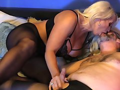 Voluptuous mature gets her fingertips on a serious cock