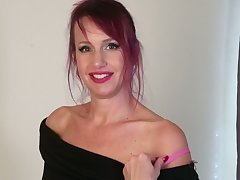 Amazing MILF nigh some tattoos Heather is ready just about go solo just about tease herself