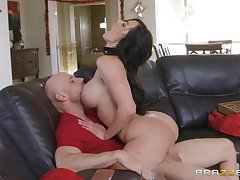jumping on a changeless stranger's cock is the favorite sport be expeditious for Kendra Lust