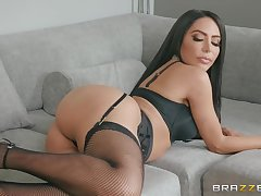 bewildered can please horny brunette Lela Star like hard sex in the morning