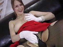 Smarmy slut Beata fucked in excessive price pot