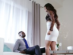White whorish wed Whitney Wright makes her pinch pennies cuckold for the chief time