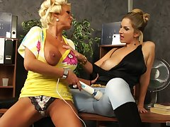 MILF pornstars Carol Goldnerova and Sharon Pink in lesbian action