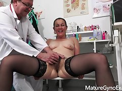 Gyno Cross-examination video with naughty MILF Valentina Ross