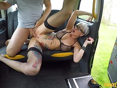 Slutty alt girl Tanya Virago sucks and fucks cabbie's huge flannel