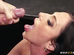Office lady Jaclyn Taylor eats cum from her boss chit having it away