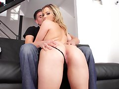 Dirty slut Alexis Texas penetrated on the couch coupled with eats his jizz