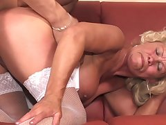 Old broad Effie gets her furry pussy visited away from a pulsating peen