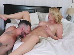 Get hitched gets gagged after having the pussy licked
