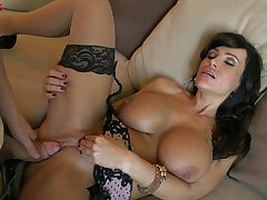 MILF Lisa Ann never misses a beat when taking on a hung bloke