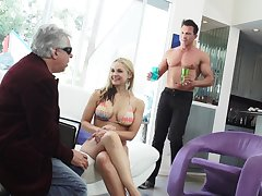 Remarkably wild giant breasted blondie Sarah Vandella loves some cuni