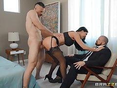 Jasmine Jae makes cuckold wait for her obtain fucked by a ravening follower groupie