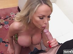 Fabulous big boobies of blonde MILF Nikki Benz bounce as she rides dick