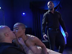 Cast off wife pegs her cuckold soft-pedal with the addition of intermittently fucks another pauper