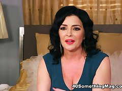 Getting to know Natalie Lorenz - Natalie Lorenz - 40SomethingMag