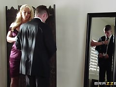Matured blonde Alura Jenson spreads their way legs for a younger suitor