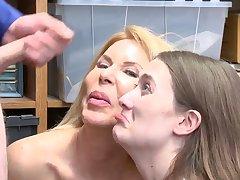 Finally caught my mom masturbating on proximal cam xxx